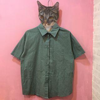 [彩色櫥窗]百搭低調綠格子寬鬆短袖襯衫