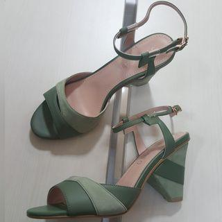 New - Staccato green
