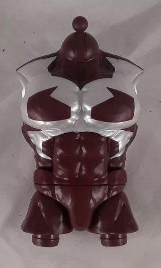 LOWEST PRICE IN CAROUSELL! VERY RARE & HOT! PRE ORDER LAST PIECE!! New Hasbro Marvel Legends X-Men Wave Caniban Torso BAF part (from Jubilee) For SALE!!