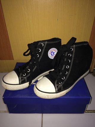 Sepatu Converse Look a Like