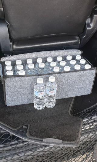 Water bottle storage for vehicles