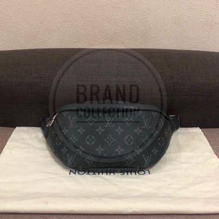 Authentic Louis Vuitton Discovery Bumbag Monogram