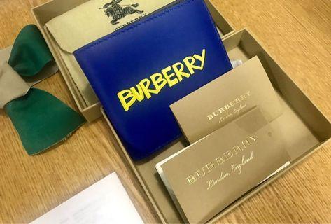 🚚 [全新]Burberry 寶藍塗鴉街頭風男用短夾-附售後服務卡-7夕禮物好選擇