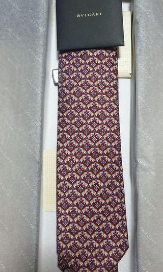 🚚 Neck Tie