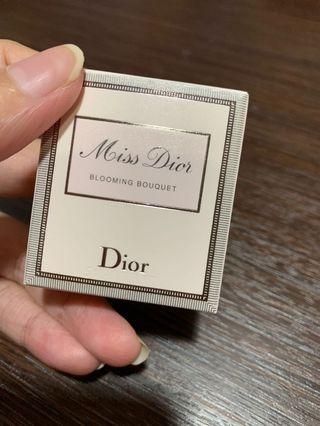 🚚 Miss Dior 花漾迪奧淡香水 5ml