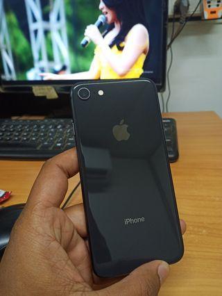 Iphone 8 64gb jet black