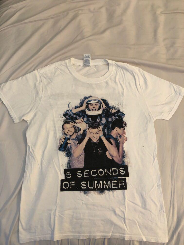 5 Seconds of Summer (5SOS)- Sounds Live Feels Live Tour T Shirt