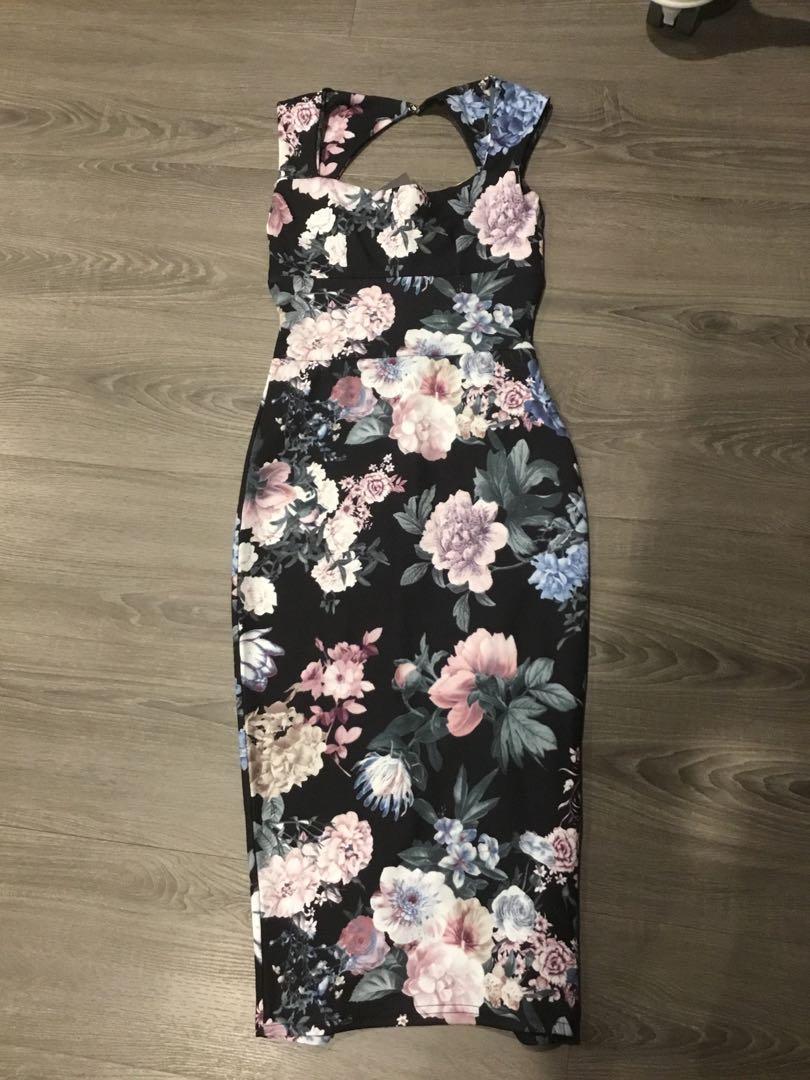 Boohoo Petites Black Floral Dress Size 6