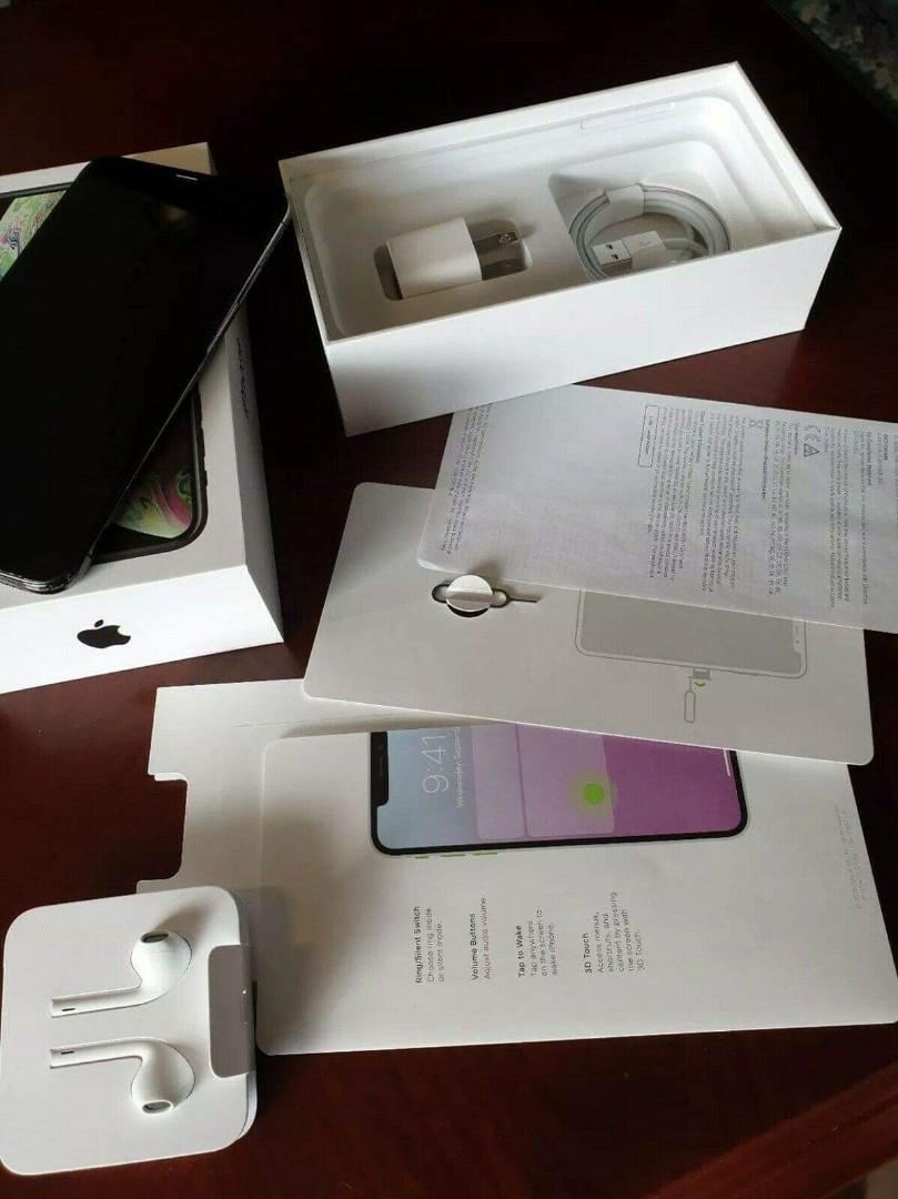 BRAND NEW Apple iPhone XS Max256 GB 512 GB- Space Grey (Unlocked) GSM)(AU Stock).