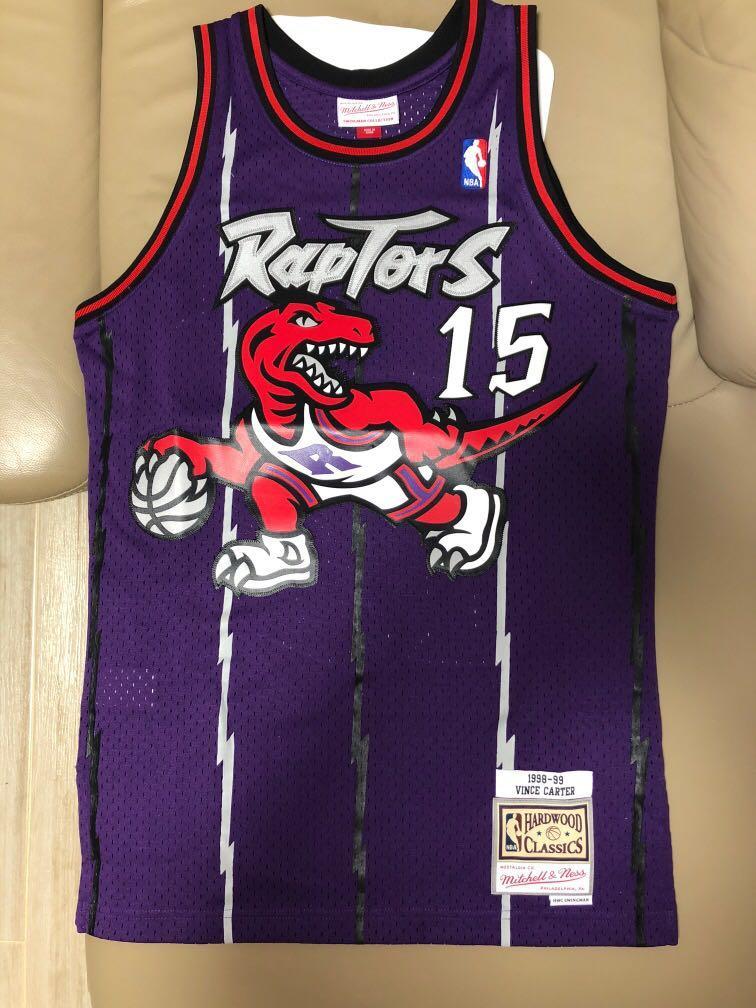 pretty nice 4034b 35e63 Mitchell & Ness NBA Toronto Raptors Vince Carter on Carousell