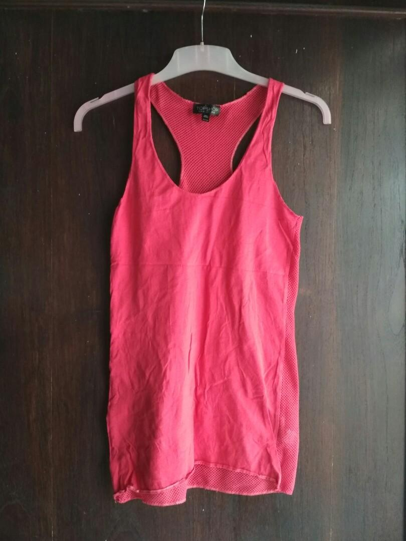 Red top by top shop