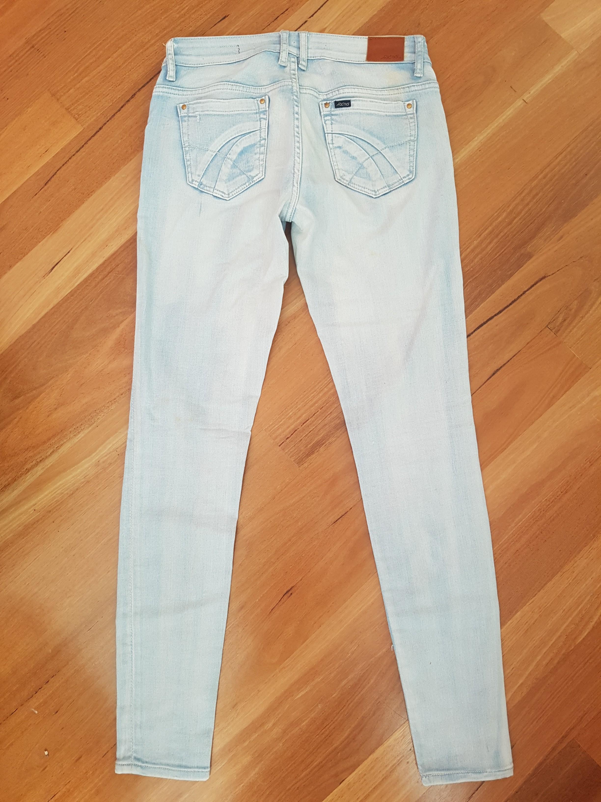 Riders by Lee Low Rise Vegas Light Vintage Wash Denim Jean 10