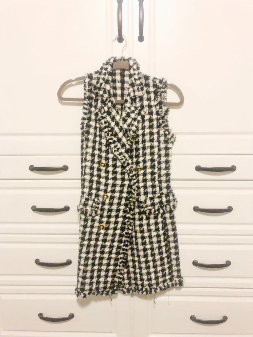 Zara houndstooth / tweed button front dress - Soze S - Worn once