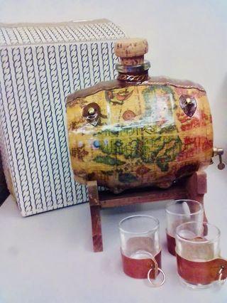 傳統舊式酒壺