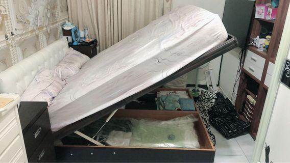 雙人床架+床墊+床頭板