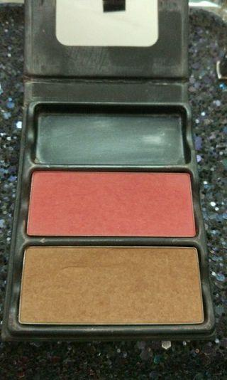 Viseart Theory palette blush on and bronzer