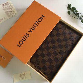 🚚 LV Wallet (Code: N60015)