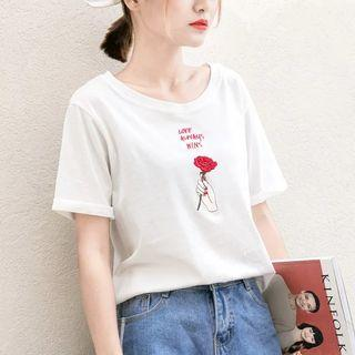🚚 【全新】刺繡手持玫瑰字母短袖T恤