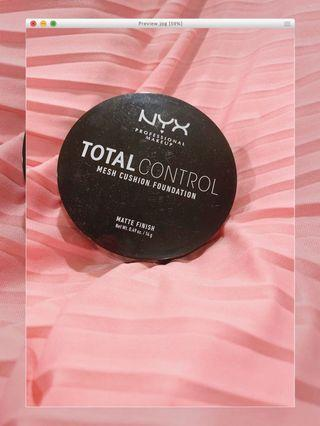 NYX Total Control Cushion Foundation