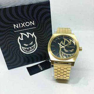 Nixon X Spitfire Gold