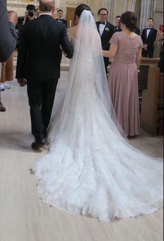 Light Ivory Wedding Veil 75 inches (floor length)