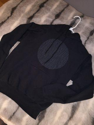 Theives hoodie - size small/medium