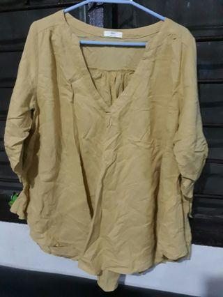 Korean Yellow Top