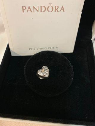 PANDORA 18k s925 Love of heart family charm