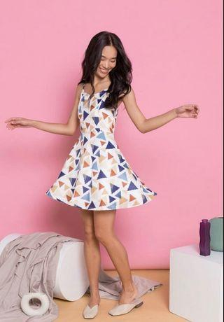 BNWT TSW Akelia Triangle Printed Skater Dress