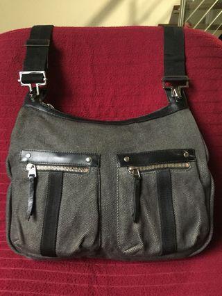 AUTHENTIC GUCCI BLACK DENIM CANVAS SHOULDER/CROSSBODY BAG
