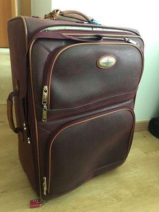 Italian suitcase set