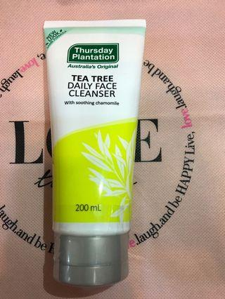 Thursday Plantation 茶樹潔面露 200ml Tea Tree Daily Face Cleanser with smoothing chamomile 黃春菊 星期四農莊