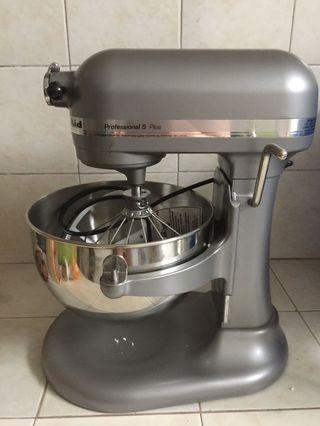 KitchenAid 5 Plus Professional Mixer