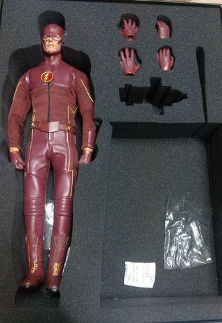 Flash 1/6 figure Haoyu Toys SUPER Lightning Man 二手欠地台