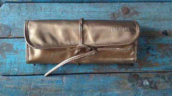 Naked brush bag