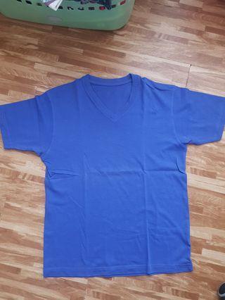 UNIQLO V neck polos biru