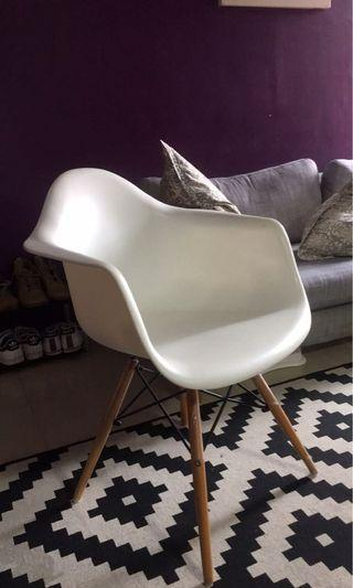 Designer Chair Replica Eames