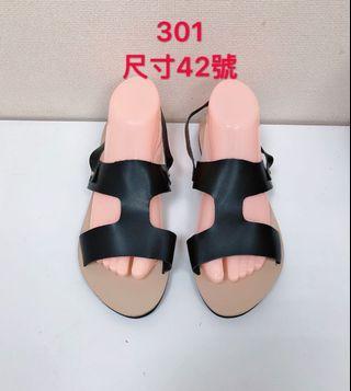 🚚 專櫃女性黑色涼鞋