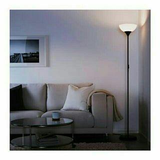 🚚 IKEA宜家上照落地黑色立燈
