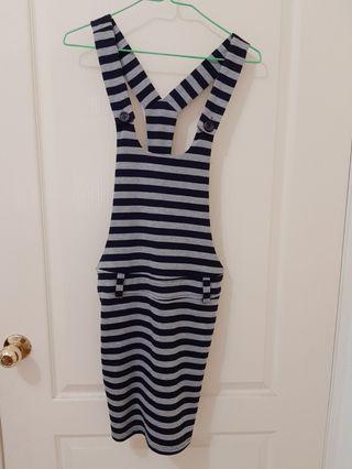 🚚 條紋吊帶裙