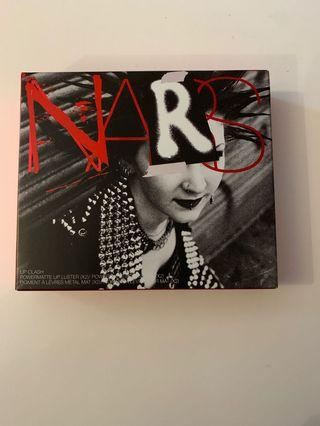 NARS lip clash Power ate lip luster