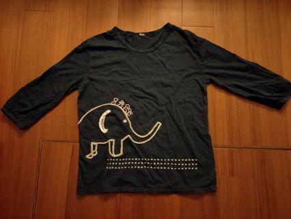🚚 立體大象上衣