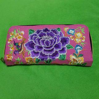 Floral Embroidery Long Wallet