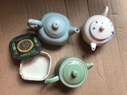青花瓷茶壺