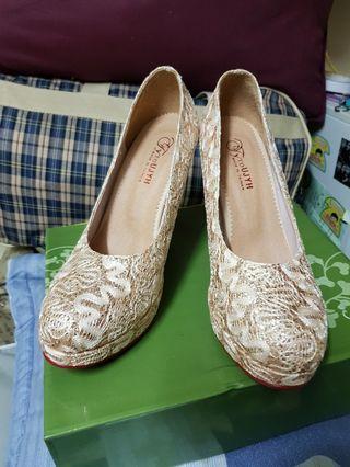 【實拍】高跟鞋&全新未穿使用過~便宜售出