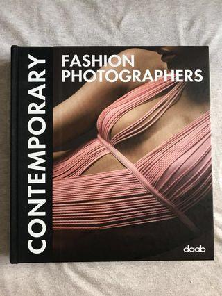🚚 Contemporary Fashion Photographers Book