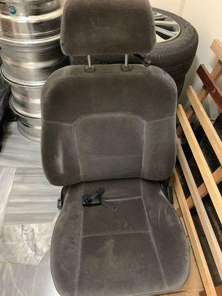 Proton wira 1.3,1.5 1.6 1.8 seat kiri clear stock clear stock