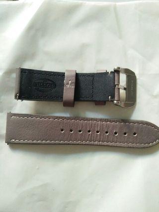 Fossil leather strap original