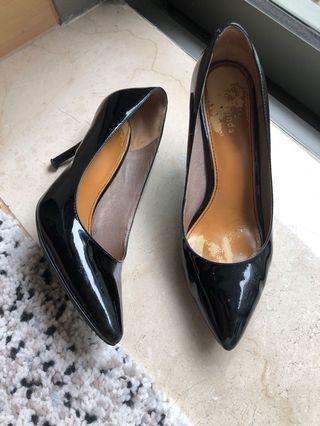 Le Saunda black pump real leather 尖頭真皮高踭鞋