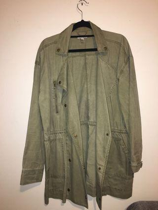 Size: L Amuse green coat jacket